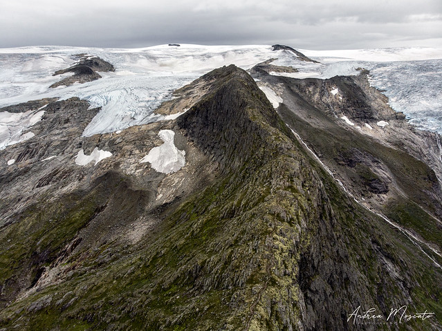 Tjotabreen Glacier - Jostedalsbreen National Park (Norway)