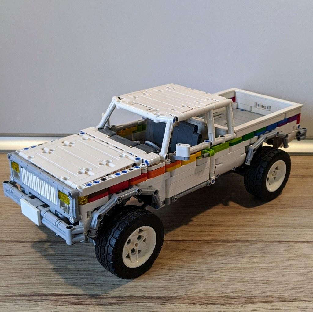 4x4 Pickup Truck 1½ Cabin