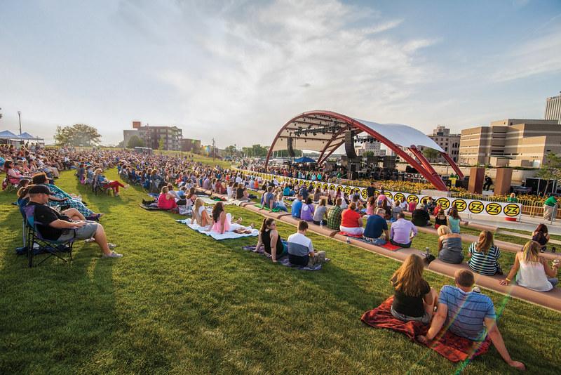 Hoopla - Mary Lambert, McGrath Amphitheater, July 10, 2014