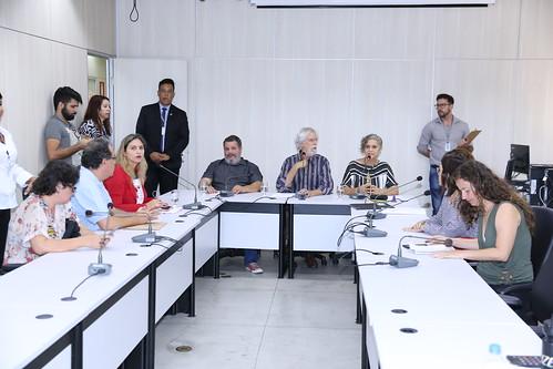 Audiência pública para discutir os problemas na realização de matrículas nas escolas públicas estaduais e municipais de Belo Horizonte - 6ª Reunião Ordinária - Comissão de Educação, Ciência, Tecnologia, Cultura, Desporto, Lazer e Turismo
