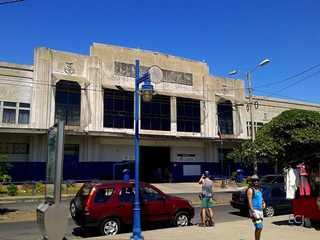 Edificio de la antigua Aduana, puerto de Puntarenas /Old customs building, port of Puntarenas