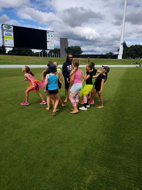 Go Girls Rainbow Cricket Cup 2020