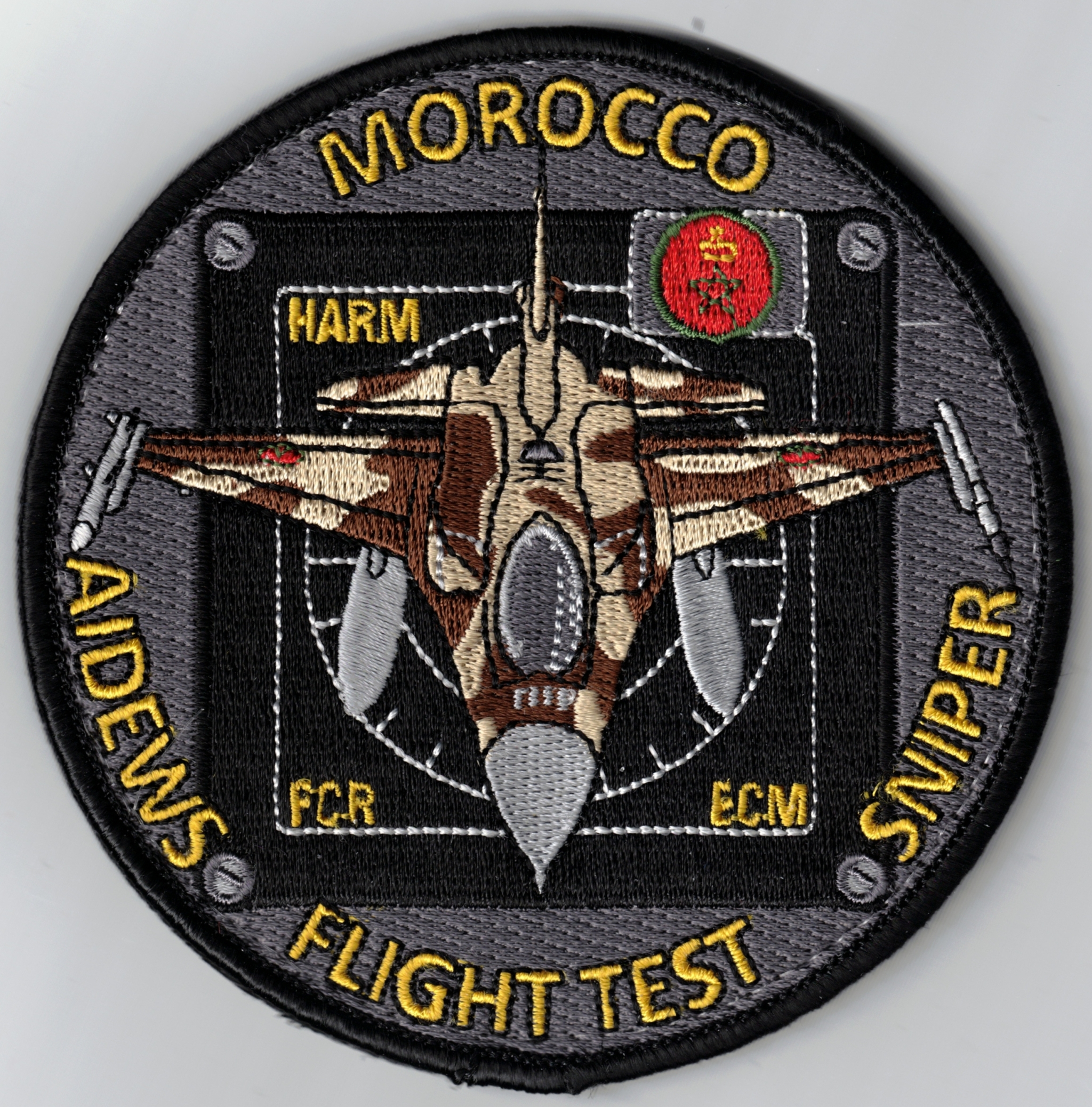 RMAF insignia Swirls Patches / Ecussons,cocardes et Insignes Des FRA - Page 8 49653160457_96dec77eee_o_d