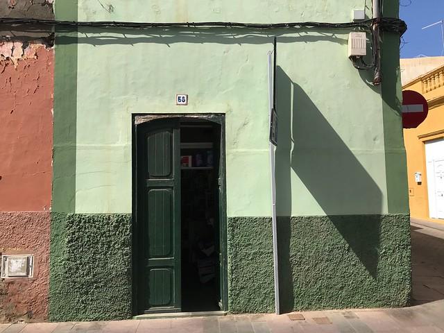Calle del Gago Coutinho, 58 - Telde