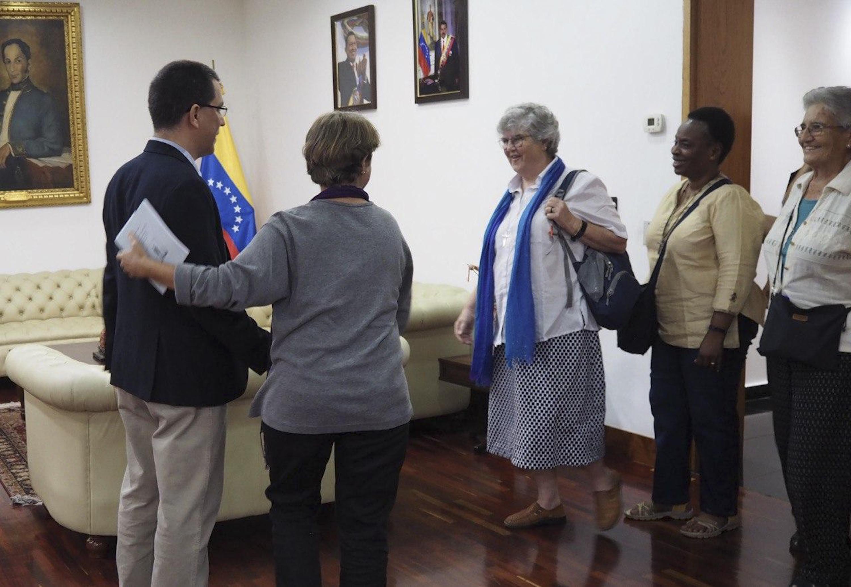 Canciller Arreaza sostiene encuentro con representantes internacionales de la Sociedad del Sagrado Corazón