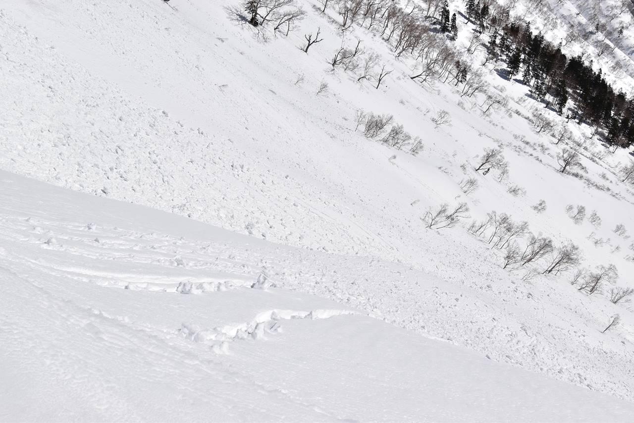 武尊山の雪崩