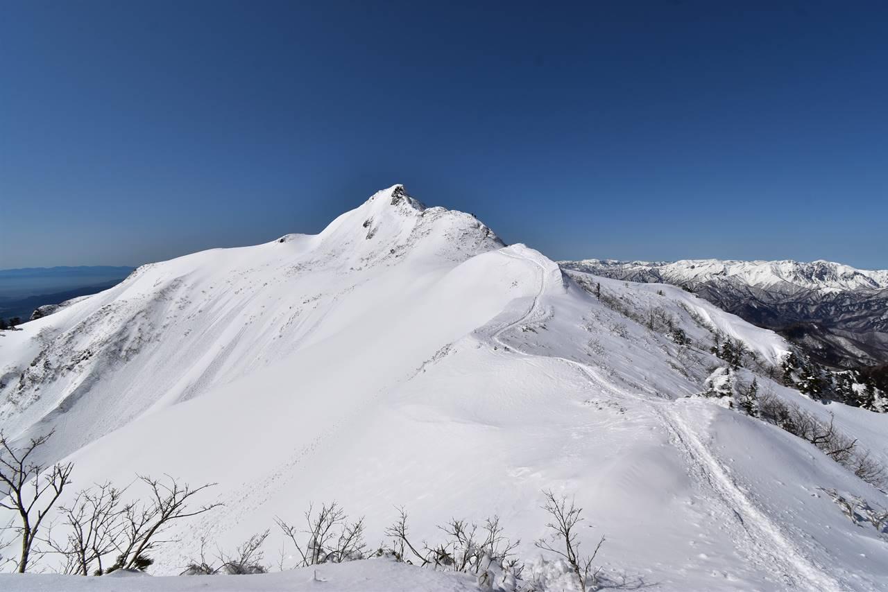冬の上州武尊山・剣ヶ峰