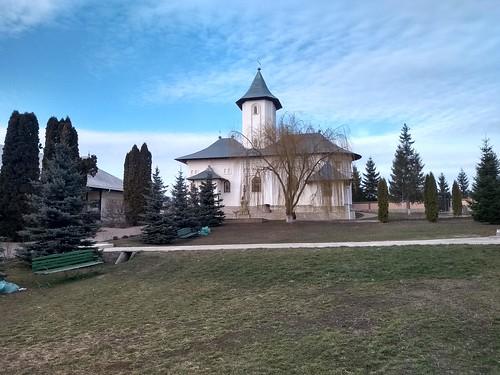 gorovei romania motorola architecture church trees grass clouds sky bench monastery