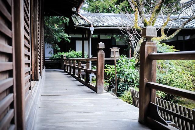 Shoren-in Temple, wooden veranda