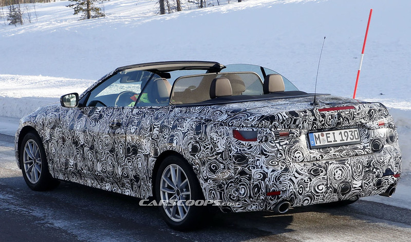 2021-BMW-4-Convertible-open-top-21