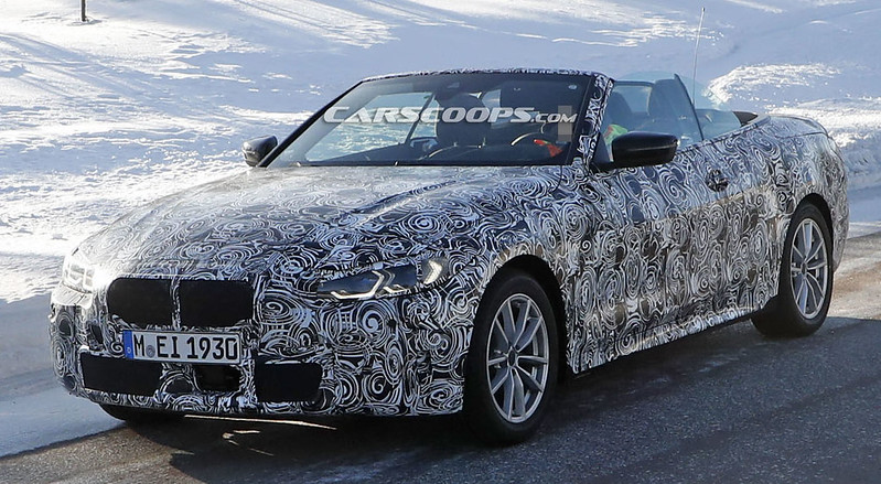 2021-BMW-4-Convertible-open-top-12
