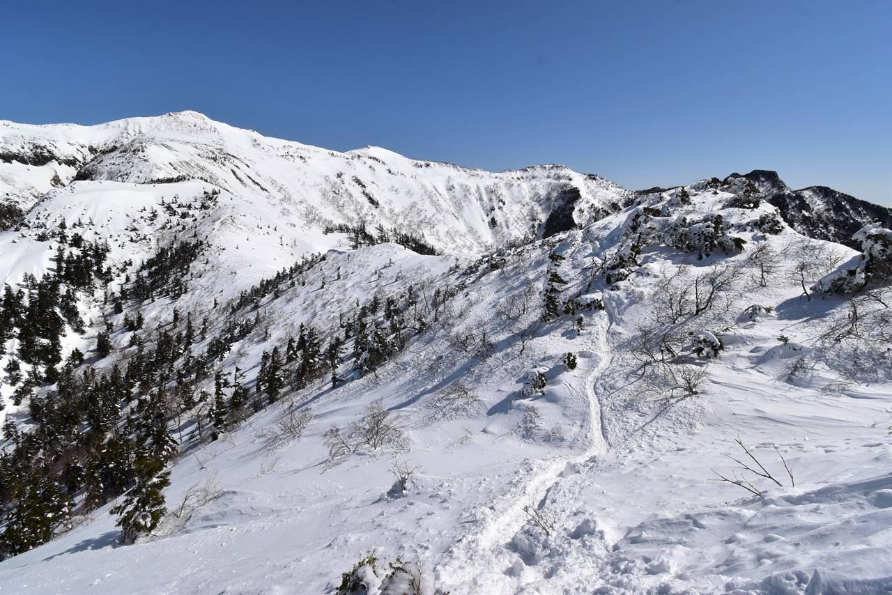 武尊山 3月の雪山登山
