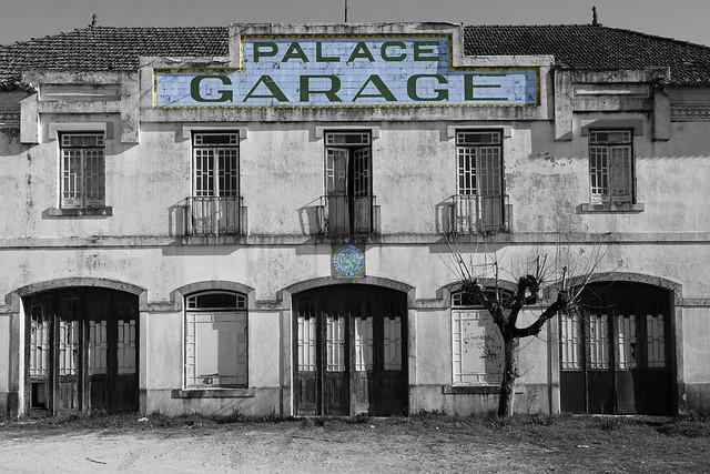 Palace Garage