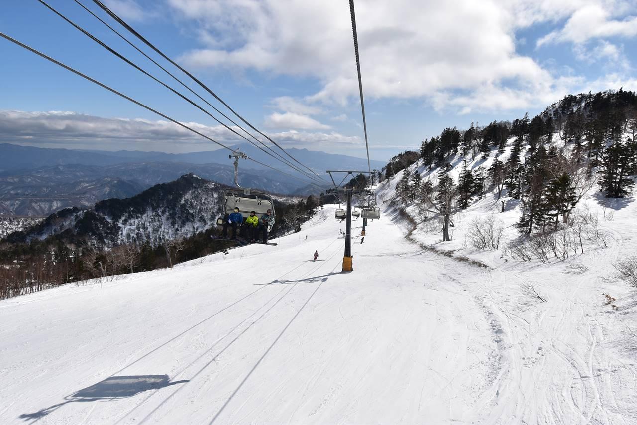 川場スキー場 リフトで下山