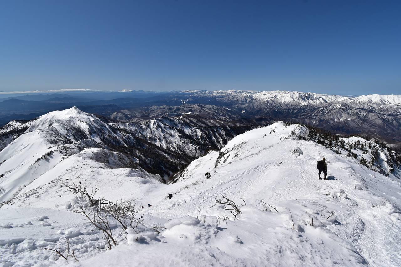 武尊山から剣ヶ峰へ