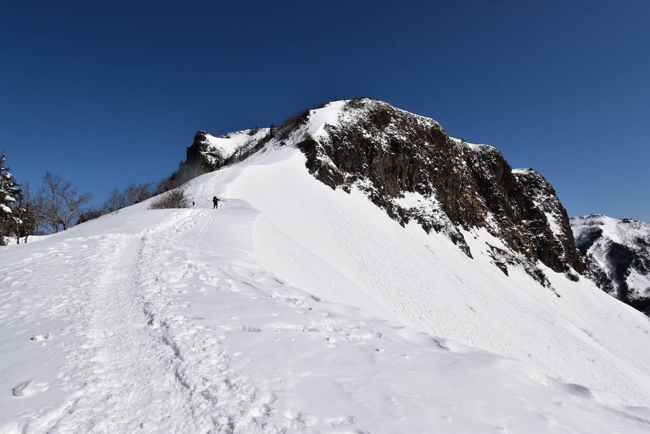 川場スキー場から剣ヶ峰へ