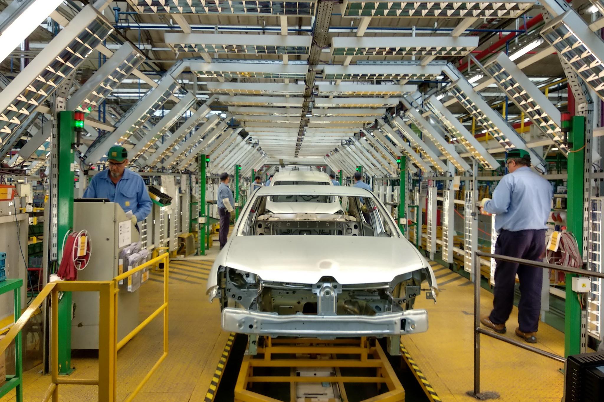 CarsDrive Córdoba Renault piensa en Santa Isabel como una fábrica de utilitarios (quiere revivir a Alaskan)   CarsDrive Córdoba