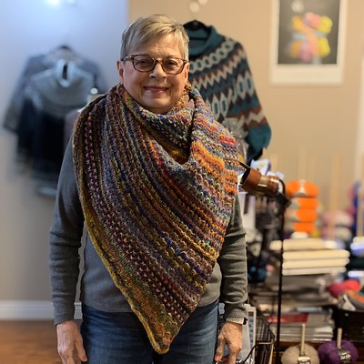 Bev finished her Nightshift! She used the same two colours of Niro Ito as Alma but  it was amazing how different they look and how different the amounts they had both at the end and while they were knitting!