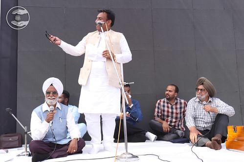 Surender Shah Ji presented Hindi Kavita