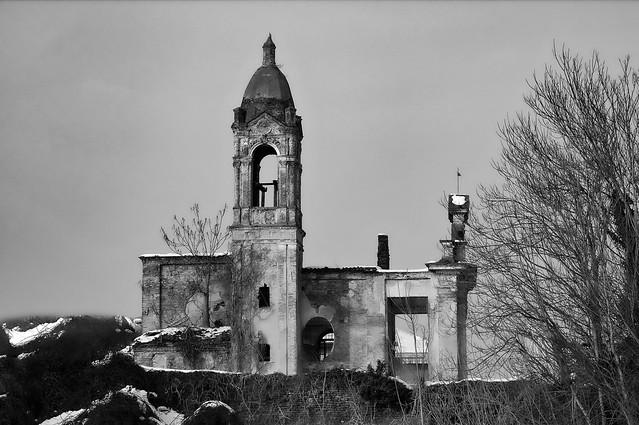 Rovine di una Chiesa