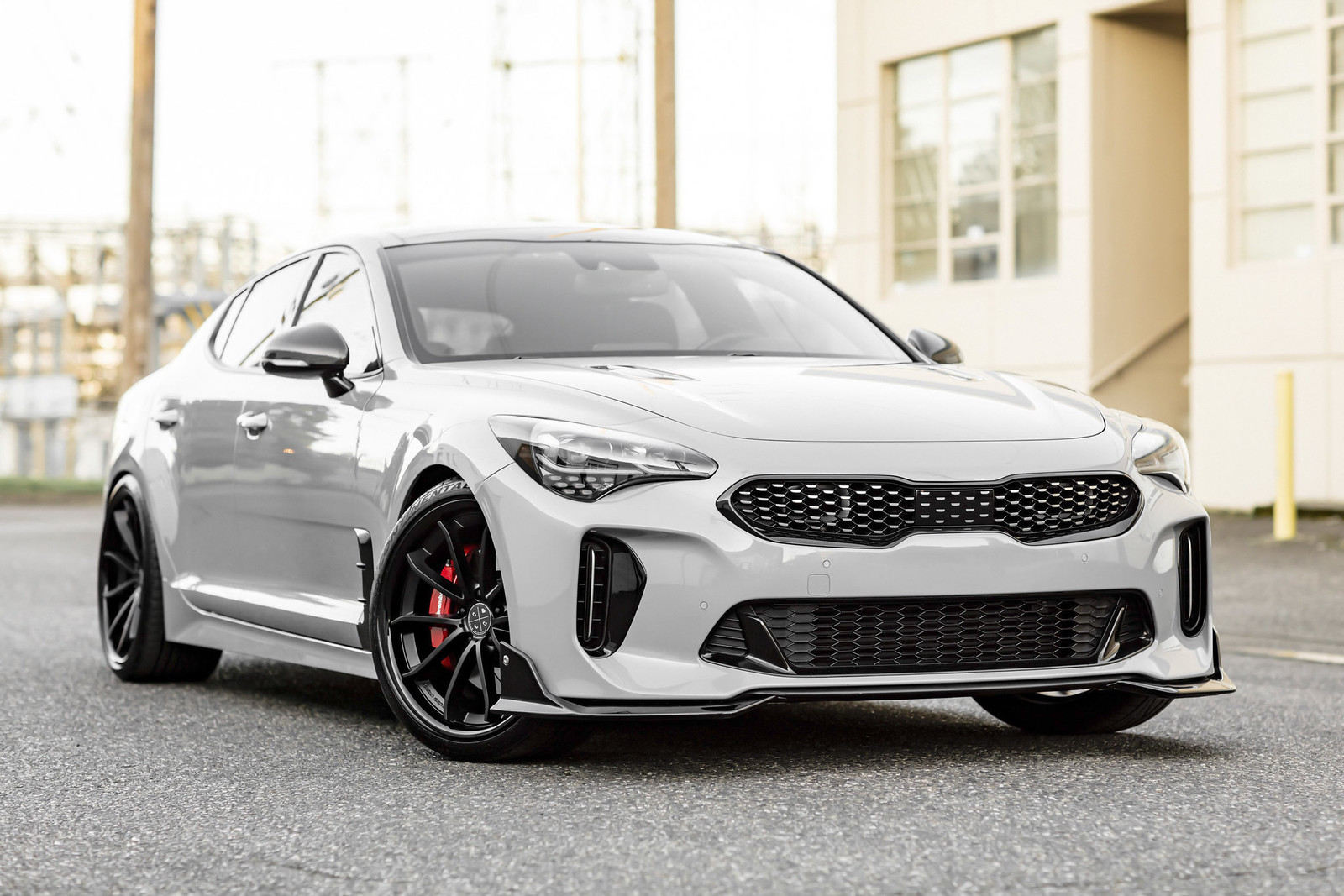 2018_Kia_Stinger_BD23_Two_Tone_Black_11