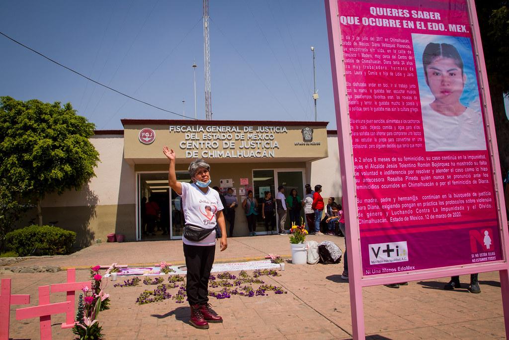 A casi tres años del feminicidio de Diana Velázquez familiares colocan memorial frente a Fiscalía de Chimalhuacán