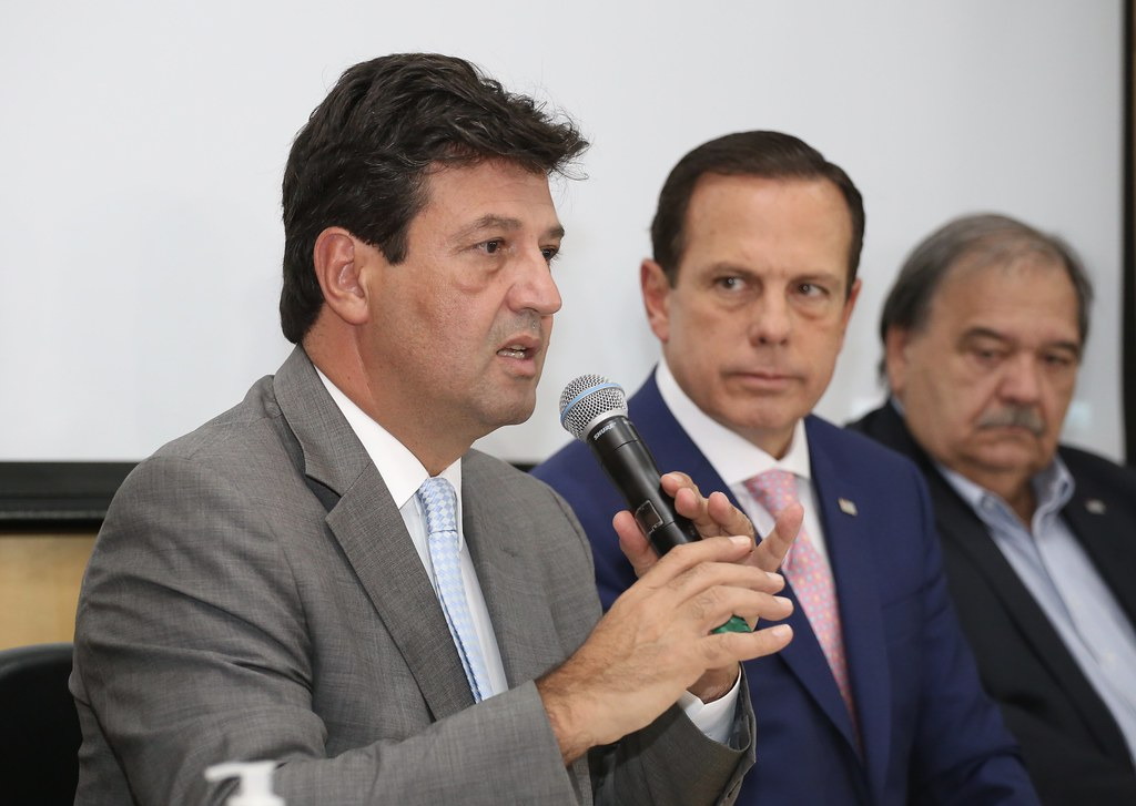 Coletiva de imprensa sobre corona vírus em SP