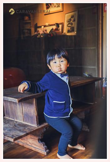 日本料理やまと(名古屋の有松)の店内 日本庭園と縁側があってくつろげる