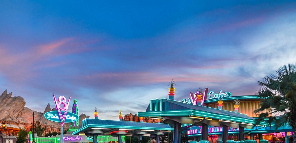 Flo's neon sky DCA