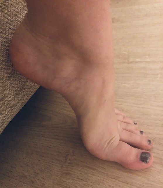 My other foot arch, with pedicured toes
