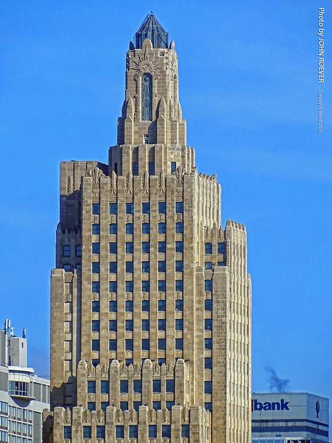 Power & Light Building in Morning, 10 Mar 2020