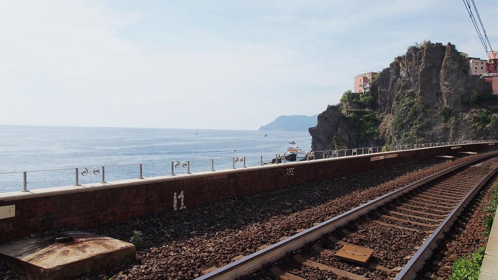 Manarola Cinque Terre junalla