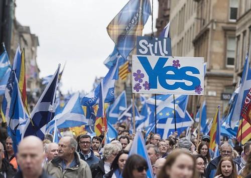 Une manifestazion in Scozia