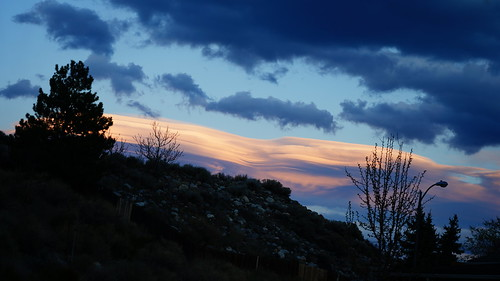 lenticularcloud sunset reno nevada washoecounty donbachman narodniemstiteli marshalartsofchilcoot weather storm hill topography