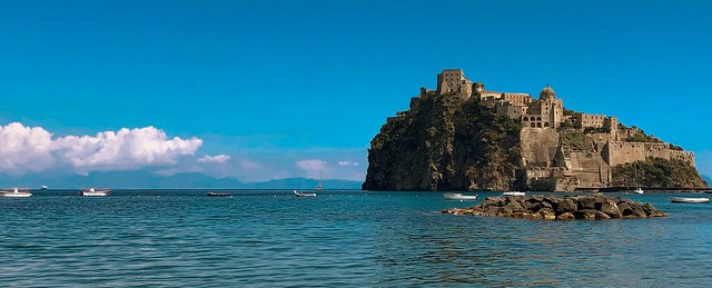 island.aragonese.castle