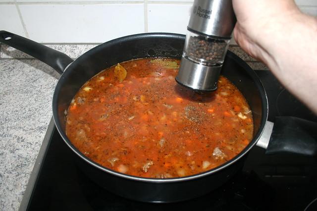 20 - Mit Salz & Pfeffer würzen / Season with salt & pepper