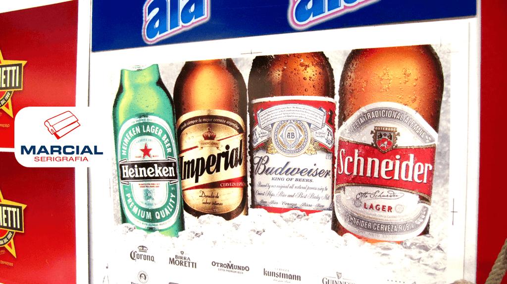 Serigrafía sobre poliestireno en cuatricromía / Fotocromo, de las marcas de cerveza Heineken, Imperial, Budweiser y Schneider. Realizado x Marcial Serigrafia.