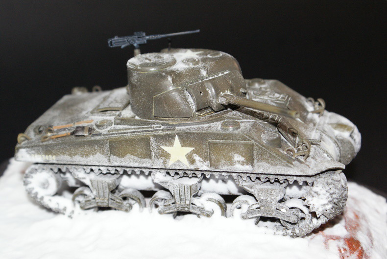 Sherman M4 Early Production [Tamiya 1/48] 49659234988_8c0b46f9f4_c
