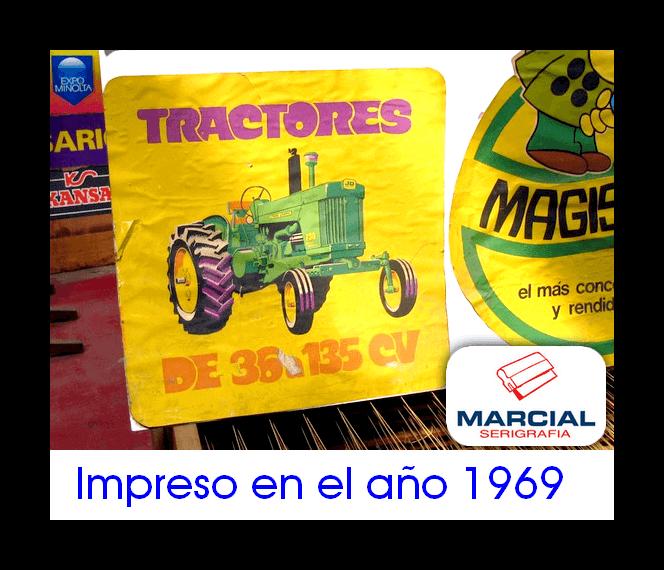"""Impresión serigráfica sobre papel realizada en el año 1969 para la fábrica de tractores """"John Deere"""". Impreso por Marcial Serigrafía."""