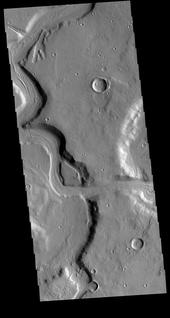Mamers Valles (THEMIS_IOTD_20200313a)