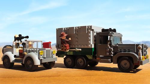 Lego Indiana Jones Desert Chase moc