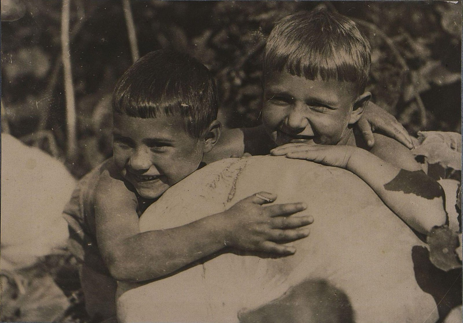 29. Дети с тыквой