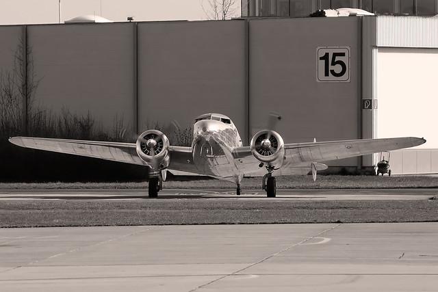 Lookheed L-12A Electra - N18130 - HAJ - 14.03.2020
