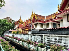 Temple on the khlong #bangkok