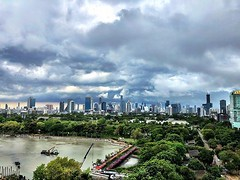 Made it home before the rain #bangkok