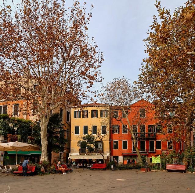 Venezia / Campo San Giacomo dall'Orio