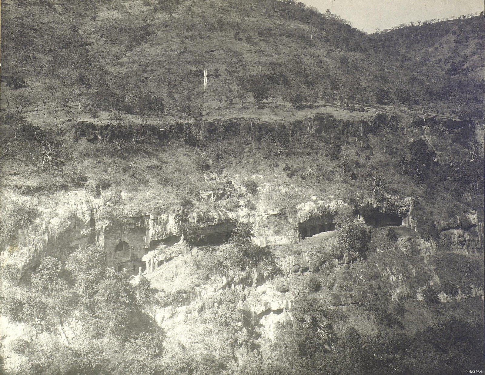 Аджанта (общий вид местности)