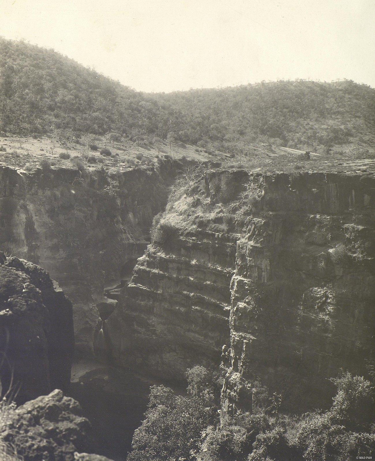 Аджанта (общий вид местности (16)