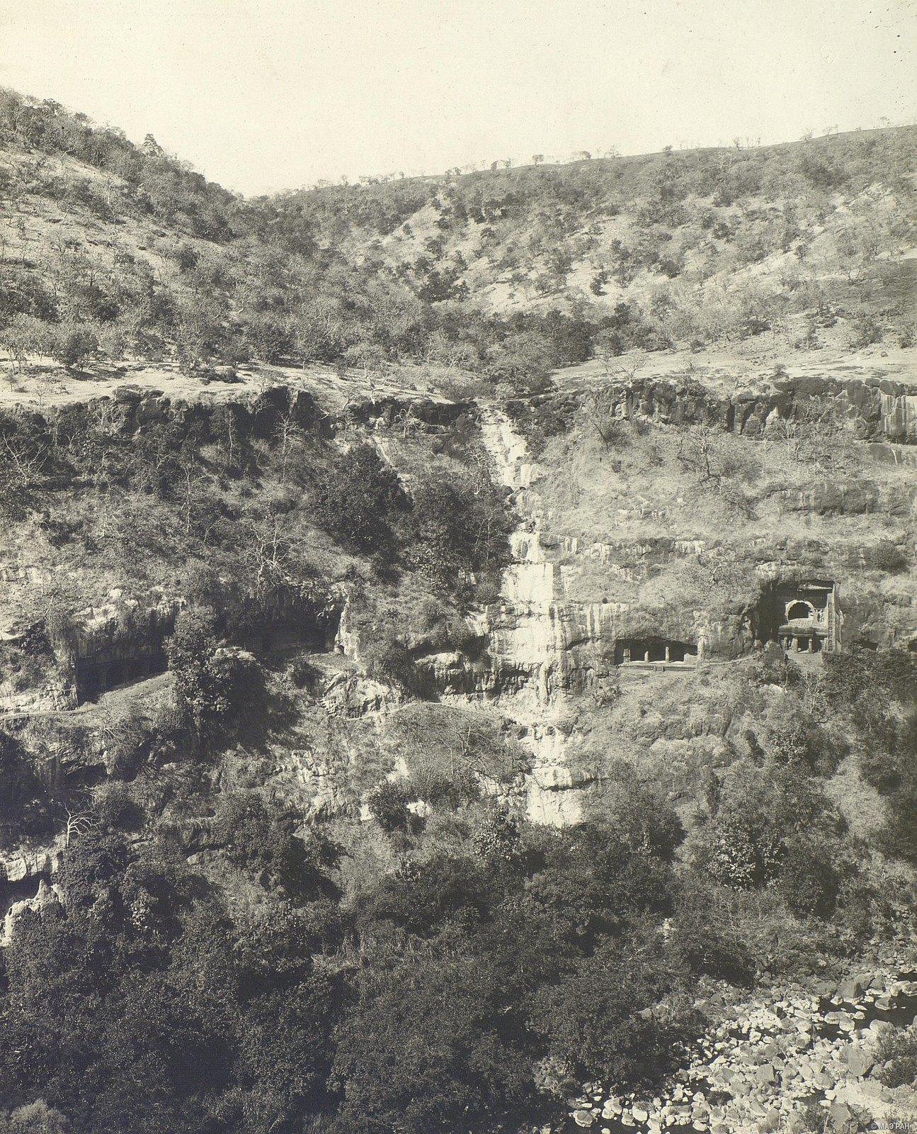 Аджанта (общий вид местности (4)