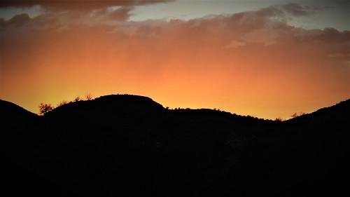 blog 2020 ratsofrass desert hike sunset sky